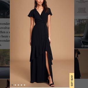 Black ruffled backless dress